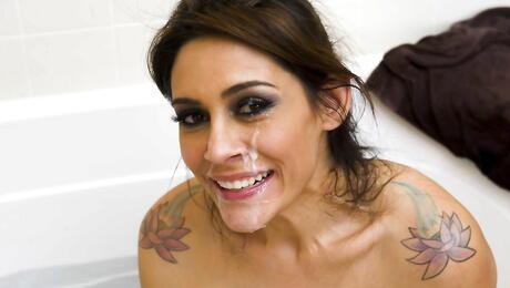 Facial Latina Pics