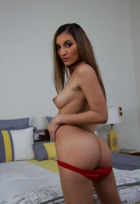 Sexy Latina Butt Pics
