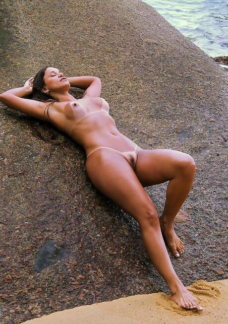 Latinas on Beach Pics