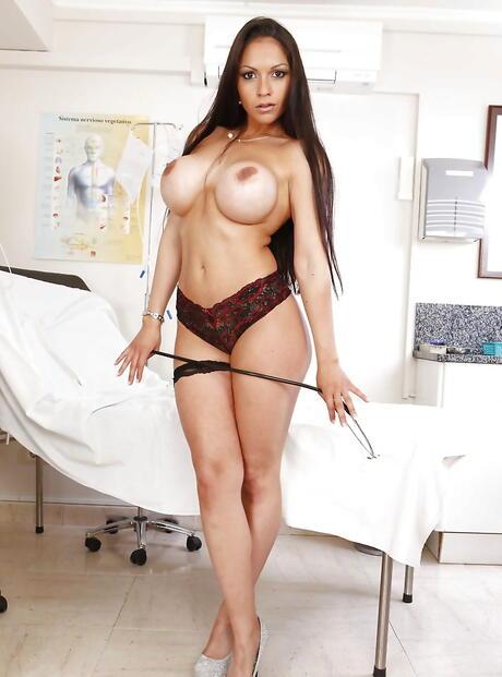 Hot Latinas Pics