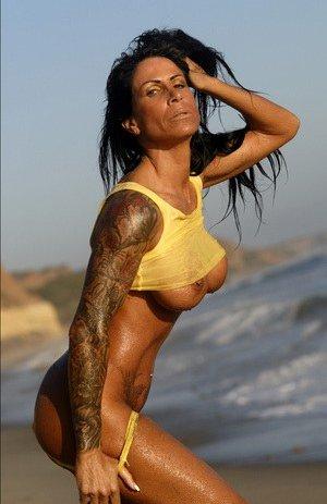 Fitness Latina Pics